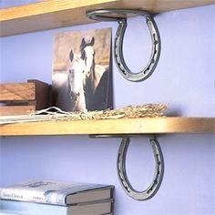 étagère fer à cheval